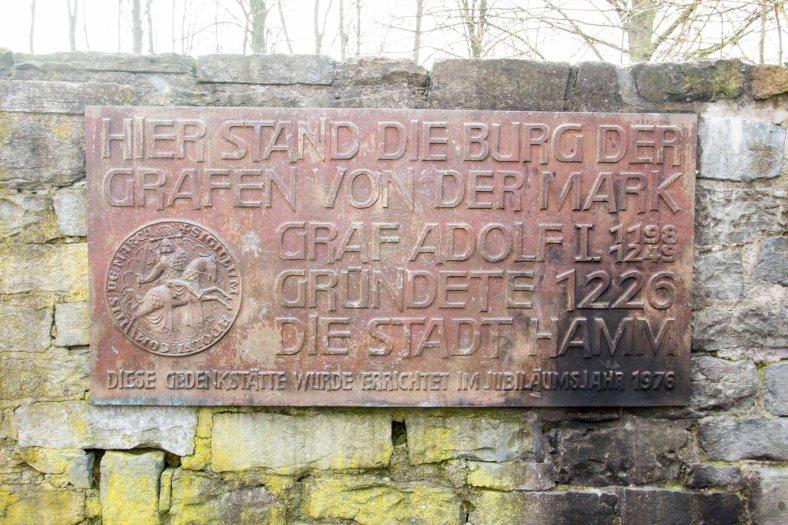 Burgberg Mark Schild