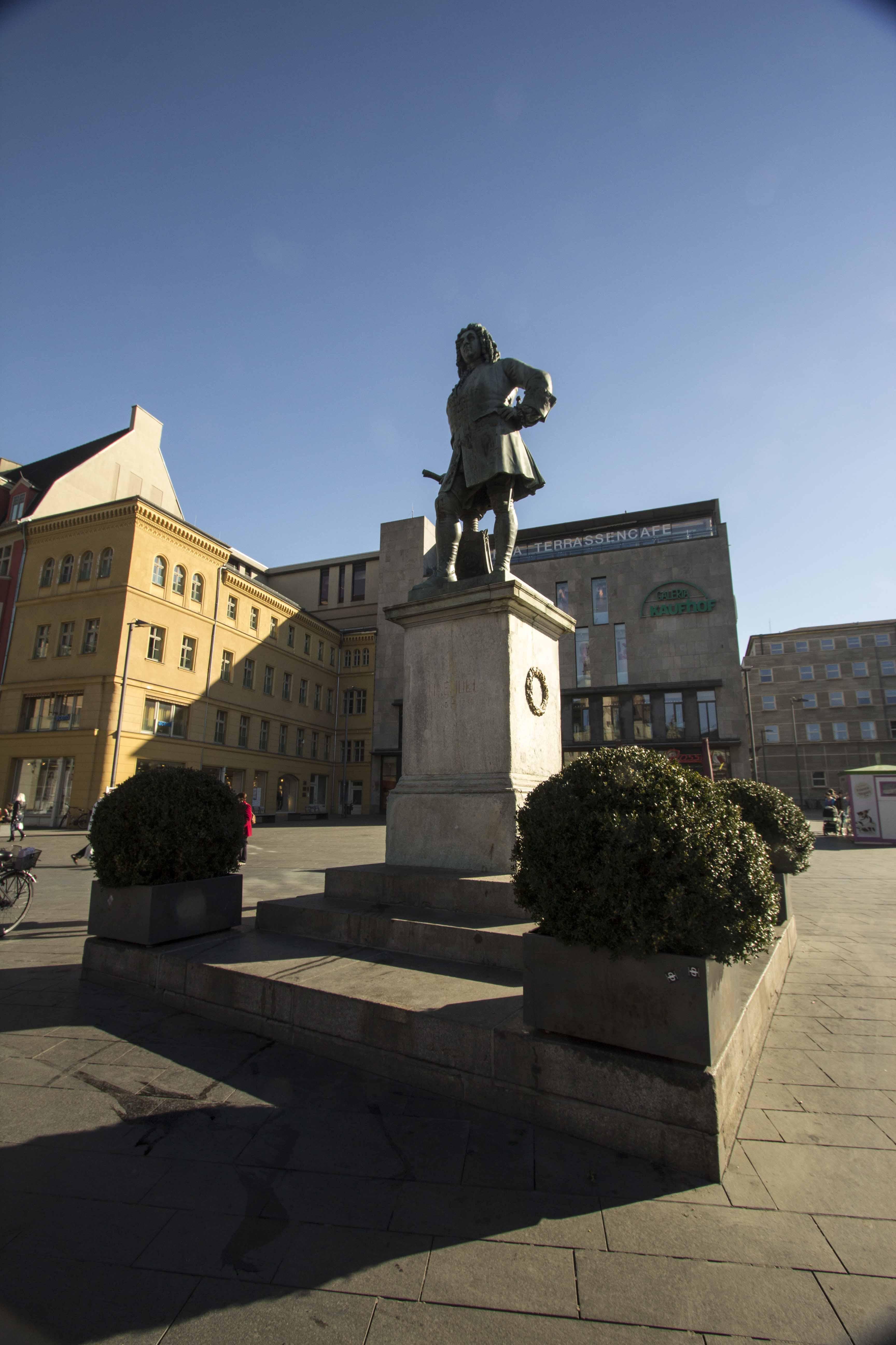 Händel-Denkmal#