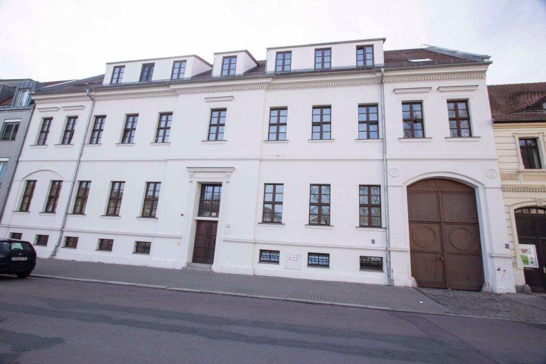 Palais Bose