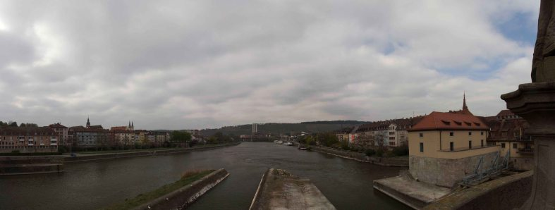 Panorama Main an der Mainbrücke