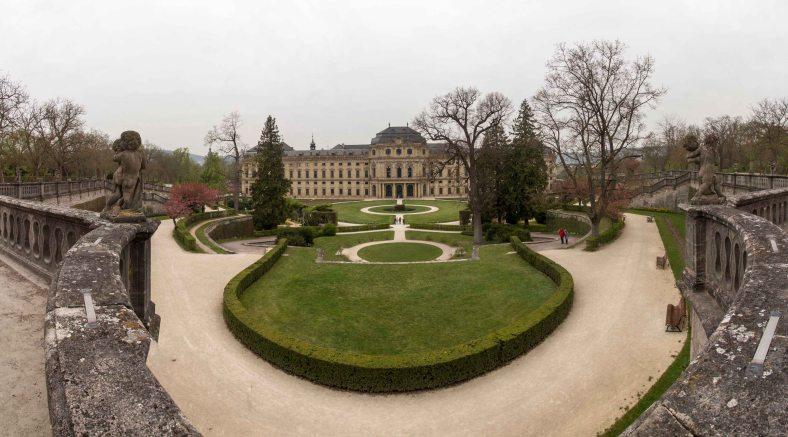 Würzburger Residenz Garten Panorama 4